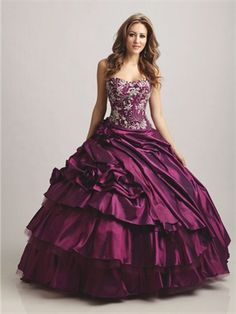 Ball Gown Strapless Scoop Neckline with Lace Appliques Floor Length Taffeta Quinceanera Dress QD1157 www.dresseshouse.co.uk $149.0000  ----2012 Quinceanera Dresses, Quinceanera Ball Gowns,2013 Quinceanera Dresses, Quinceanera Ball Gowns     2013,Quinceanera Dresses 2013,Quinceanera Dresses UK