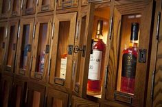 Liquor locker instead of a wine cellar