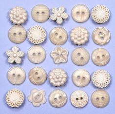 DRESS IT UP Buttons Heirloom Collection 77 - Embellishments Vintage | eBay