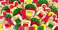 Sewing Cookies Platter tutorial Bearfoot Baker