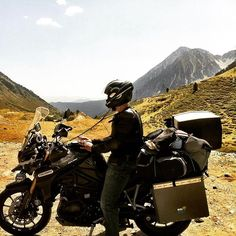 http://electroosmosisltd.co.uk Me and my tiger 😀 I didn't took that picture. My wife did it 😉  #beautifulplaces #motorcycle #tigerexplorer #triumphmotorcycles #triumphtigerexplorer #touring #motorbiketrip #pyreenes #mountains #snow #travel #exploringeurope #spain #holiday #holidayontwowheels #panniers #metalmule #happytimes #exploring #satnav #sharkhelmet #armour #motorbikearmour