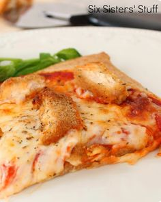 Six Sister's Stuff: Chicken Parmesan Pizza Recipe. Ya'll know we love chicken parm here at SM. We have to skinnify this pizza idea!