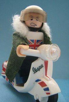 Lego Vespa! I want this!!