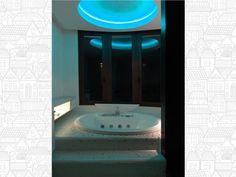 Foto de venta Benidorm, Alicante ref. Ti5034 - Google Fotos Alicante, Bathroom Lighting, Mirror, Home Decor, Private Pool, Modern Architecture, Bathroom Light Fittings, Bathroom Vanity Lighting, Decoration Home