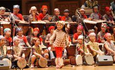 Cute! Tiny drummers in Hong Kong. Photo Credit: Drum-Jam  #localiiz #hongkong #HK #drums #children