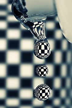 Checkerboard Water Droplets