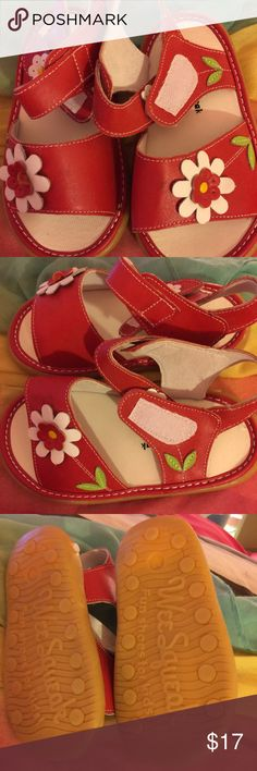 SIZE 11 KIDS RED SHOES 👠 WEE SQUEAK KID GIRL RED WEE SQUEAK SANDLE NICE QUITE IN EXCELLENT CONDITION 🍭🌂🌷❤️🌺👛💝💕👠🎈❤️️👚🎉🌂💯👗😍 wee squeak Shoes Sandals & Flip Flops