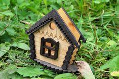 Wooden napkin hoder in shape of house