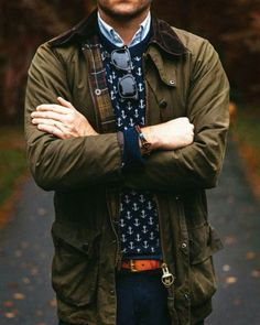 The iconically british Barbour jacket will be one of your best investments this season. Take a look at some of the best menswear styles from the Barbour. Preppy Mens Fashion, Country Fashion, Best Mens Fashion, Fashion Outfits, Fashion News, Men's Fashion, Barbour Jacket Outfit, Barbour Jacket Mens, Der Gentleman