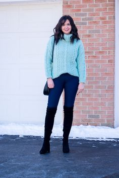 Cozy Oversized Turtleneck Sweater Winter Outfit