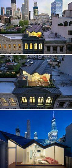 Le studio de design et d'architectureWORKac, a finalisé la rénovation d'un bâtiment historique avec cette façade iconique à New York et l'a transformée en plusieurs appartements …