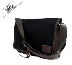 d7821fd203 Gift List, Clothing Company, Outdoor Outfit, Large Bags, Messenger Bag,  Vintage
