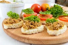 Pasta z wątróbki do kanapek Salmon Burgers, Mashed Potatoes, Grains, Rice, Pasta, Ethnic Recipes, Food, Whipped Potatoes, Smash Potatoes