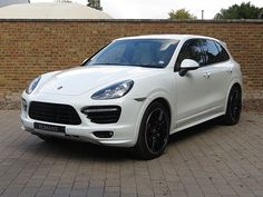 Romans are pleased to offer this Porsche Cayenne GTS for sale presented in White with Umber & Cream Two-Tone Leather. Porsche Macan Turbo, Porsche 550, Porsche Jeep, Porsche Logo, Porsche Boxster 986, Cayman Porsche, Porsche Girl, Porsche 918 Spyder, Used Porsche