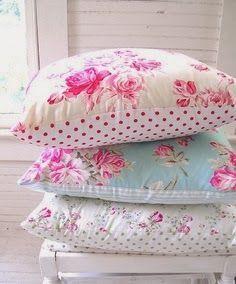 15 Shabby Chic Bedroom Decor Ideas #shabbychicbedroom #shabbychicdecor