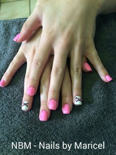 Metallic pink and white overlays with bow art in gelish.