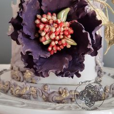 This purple and gold cake makes me think of rich, grand and full of drama.  Everything a wedding cake should incorporate Gold Cake, How To Make Cake, Cake Designs, Wedding Cakes, Floral Wreath, Drama, Purple, Cake Templates, Wedding Gown Cakes