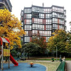 Residential building in via Quadronno, Milano. Project by Angelo Mangiarotti and Bruno Morassutti (1959 - 1960) #residential #architecture #viaquadronno #AngeloMangiarotti #mangiarotti...