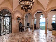 Palm-Beach-mansion-interior-600x450