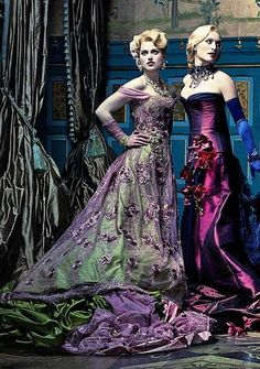 """Katie McGrath & Victoria Smurfit - """"Dracula"""" (TV Show - - Costume designer : Annie Symons Jessica De Gouw, Katie Mcgrath, Wynona Rider, Dracula Nbc, Dracula 2013, Dracula Series, Milady De Winter, Vintage Outfits, Vintage Fashion"""