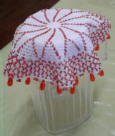 Beads doily Lace Doilies, Doily Patterns, Crochet Lace, Cloths, Projects To Try, Milk, Beads, Rose, Table