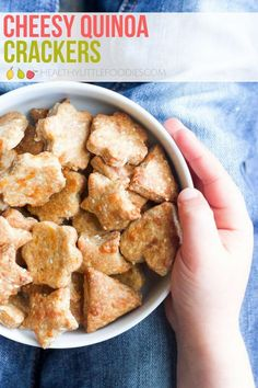 Delicious and addictive cheese crackers! Perfect as a snack or to pop in the lunchbox. #crackers #cheese #lunchbox #kidsfood #snack