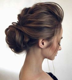 Wedding Hairstyles Medium Hair Low set wedding updo - 2018 wedding hair trends - 2018 wedding hair is all about romantic, effortless luxe with classics transformed into modern visions of glamour. Wedding Hair And Makeup, Wedding Updo, Bridal Hair, Prom Updo, Wedding Headpieces, Asian Wedding Hair, Updos For Medium Length Hair, Medium Hair Styles, Short Hair Styles