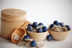 Natural+Wooden+Pretend+Play+Food++BERRIES++n+OATMEAL+by+applenamos,+$25.00