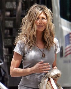 USA Australia and South Africa rights only US actress JENNIFER ANISTON leaving her trailer on the set of The Bounty filming inside the Ritz carlton...