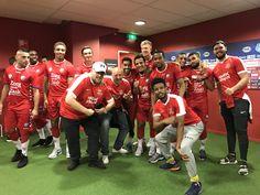 Met het Nederlands YouTube elftal bij FC Utrecht.