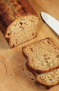 Voici le pain d'épices que j'ai réalisé spécialement pour ce Noël. Un pain d'épices pas trop sucré, qui se marie à merveille avec le salé. Je vous le présente ici de manière séparée d'une recette car je pense qu'il sera la base de bien d'autres recettes....