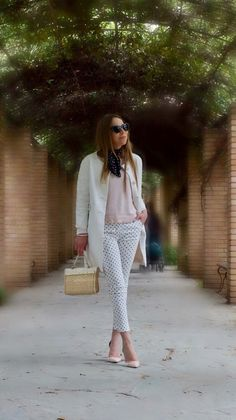 <A line is a dot that went for a walk> post polka dot pants // pink sweater // white coat // neck scarf // straw bag
