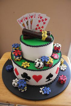 A cake for a poker player? Why not making a poker themed cake? Here's a gallery, where you can find all sorts of decorating ideas for the mostbeautiful and gorgeous card and poker themed cakes. Poker Cake, Rodjendanske Torte, Casino Theme Parties, Casino Party, Casino Night, Play Casino, Parties Kids, Casino Cakes, Cakes For Men