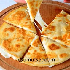 Good morning minutes to the delicious lavash pie recipe. Sunday Breakfast, Breakfast Items, Breakfast Recipes, Snack Recipes, Cooking Recipes, Cooking Food, Iftar, Food Porn, Falafels