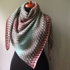 Ravelry: Dovetail Shawl by Judy Marples