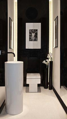 Wc lavabo pour invité à l'entrée