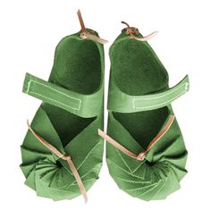 Heidi Walks Velcro - Apple - I love these and they come in all kinds of colours!