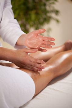 Brief Descriptions of the Six Basic Strokes Used In Swedish Massage Swedish Massage is the most commonly requested type of message therapy and one of the most basic techniques that is taught during therapists' training.     http://www.therapeuticmassagetoronto.com/resources/brief-descriptions-of-the-six-basic-strokes-used-in-swedish-massage/