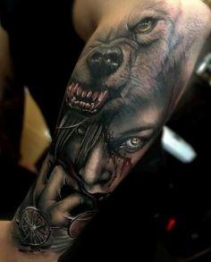 Znalezione obrazy dla zapytania tatoo kobieta z wilkiem