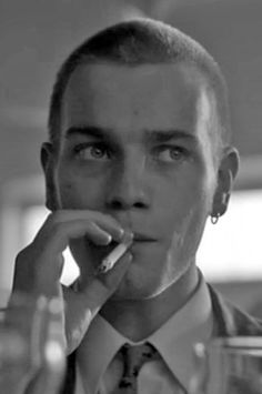 Renton / Ewan Mcgregor / Trainspotting.