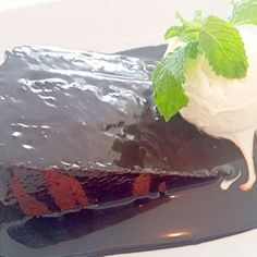Signature dessert @ Riders Cafe ~ Popular cafe - 15件のもぐもぐ - Death by Chocolate Cake with Vanilla ice cream by lynnlicious