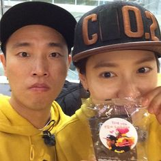 """""""Running Man"""" Monday Couple, Gary and Song Ji Hyo, Thank Fans for Their Love and Support"""
