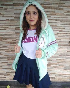"So en Instagram: ""Por fin puedo usar mi campera 💃""  💥 @KRASHEgresados 💥#Promo19 #EGRESADOS2019 📲 Whatsapp (011) 15-6030-3578  #KRASHegresados #KrashArg Rain Jacket, Windbreaker, Jackets, Instagram, Fashion, Down Jackets, Moda, La Mode, Jacket"