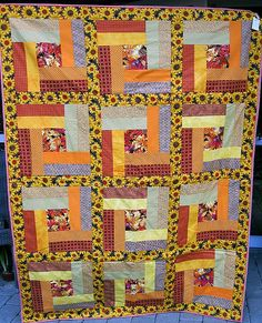 Projekt Puttetæpper Sunflower Quilts, First Photo, Quilting, Scrappy Quilts, Projects, Fat Quarters, Jelly Rolls, Quilts