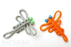 Easy Paracord Dragon Fly How To. More fun crafts with paracords - learn to how to make this cute dragon fly craft from paracords or thick string. Another macrame knotting technique using the Cobra knot. Paracord Dolls mentioned in the video are here . Camping Crafts, Fun Crafts, Crafts For Kids, Arts And Crafts, Camping Jokes, Paracord Knots, Paracord Bracelets, Knot Bracelets, Survival Bracelets