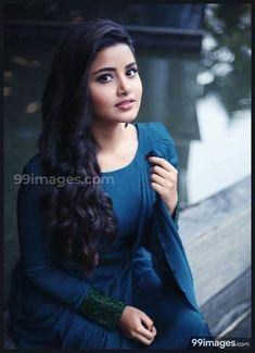 Anupama Parameswaran the Coolest actress Beautiful Girl Photo, Beautiful Girl Indian, Most Beautiful Indian Actress, Simply Beautiful, Indian Film Actress, South Indian Actress, Indian Actresses, Stylish Girl Images, Stylish Girl Pic