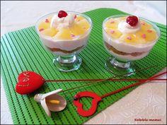 Desert la pahar de Dragobete Pudding, Desserts, Food, Tailgate Desserts, Deserts, Custard Pudding, Essen, Puddings, Postres