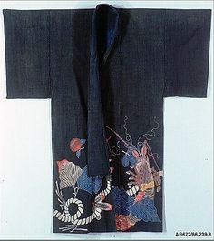 Kimono-Shaped Coverlet (yogi) with Design of Lobsters and Crest (mon) of Three Cloves.  Period: Edo period (1615–1868). Date: early 19th century. Culture: Japan. Medium: Plain-weave cotton, resist-dyed and painted with dyes and pigments (tsutsugaki). Dimensions: Overall: 67 x 58 1/4 in. (170.2 x 148 cm).