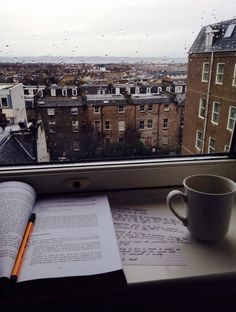 book, coffee, and rain imageの画像