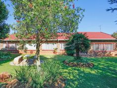 4 Bedroom House For Sale in Benoni A H | Kingstons Real  Estate